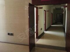 白塔路 星耀大厦 4410平米 精装修 适合医院 办公 健身