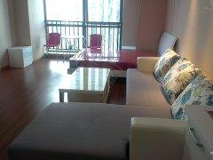 万达广场1房单身公寓高档装修家具家电齐全只租1600元
