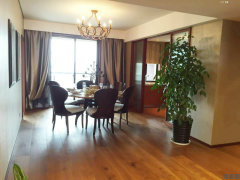 阿里巴巴淘宝城旁房东精装两房诚心出租,家具家电齐全,随时看房