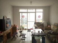天安数码城旁高端社区房,房子非常干净,地板锃亮,次次冒光!!