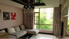房子里面家电家具齐全,小区环境优雅,安静,配套设施完善