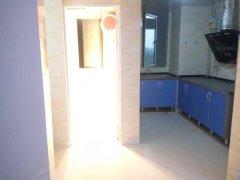 南明花果园S区两室两厅中等装修1600/月押一付三拎包入住