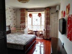天通苑西二区正规卧室,装修好,里面配置都有,可押一付一