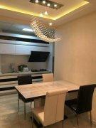 世纪广场中海紫御江城2室2厅90平米豪华装修年付