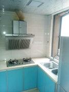 莱茵美郡一室一厅精装修出租 小区内装修清爽的 全套家具家电