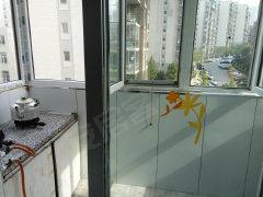 房子干净整洁 首次出租  家电全 随时可以入住