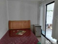 前湖大道紫金园 1室1厅45平米 精装修 押一付三