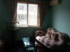 业主急租家具家电齐全,卧室客厅朝南,阳光充沛,住家首选