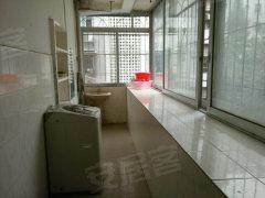七星路广电局宿舍 中装3房出租 适合做午托办公 红星小学旁