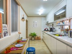 名泉小区,房主直租,价格实惠,1室1厅,拎包入住,押一付一