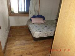 盘龙分局生活区两室好房,全家电1400元,房租可谈,房东急租