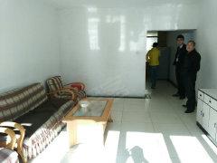 扬子江路红+月小区2室2厅  带家具 随时看房
