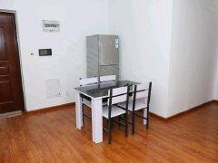 低价出租,拎包入住,押1付1,独立卫生间,48平米