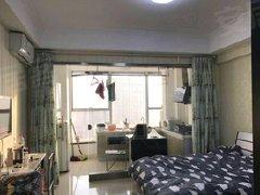 南二环凯德广场东侧一居室50平精装修家具家电齐全拎包入住