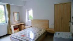 花园洋房豪华公寓,拎包入住,1250