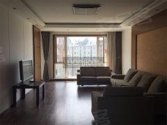 软件园亿达国际新城新出精装大三室整租