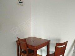 青林湾一期 中庭简装 出售 4000一个月