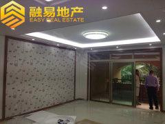 东骏豪苑全新装修四房,初次出租,安静、舒适。