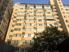 金融街片区,丰汇园学区房精装一居,家电齐全,临近西单