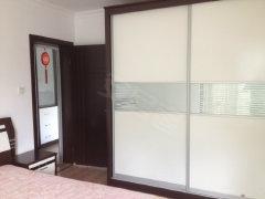 凤凰城 精装两房 家电齐全 拎包入住  楼层适中 欢迎致电
