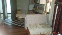 市中心地段温馨公寓一室一厅带全套家具家电可拎包入住