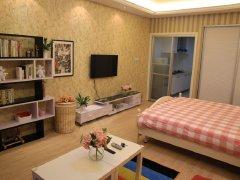 房子里面家电家具齐全,小区环境优雅,安静
