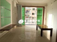 精装两房 客厅和主卧非常宽敞 赠送多 带家私 小区环境好