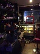 阳光城正对面 奶茶店出租 有意向联系